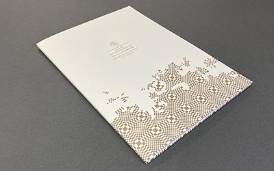 リトアニア共和国大使館様_A4縦型 片ポケットマチありフォルダー