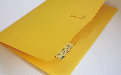 WELLZ WEB制作・デザイン様_A4 横型ポケットフォルダー